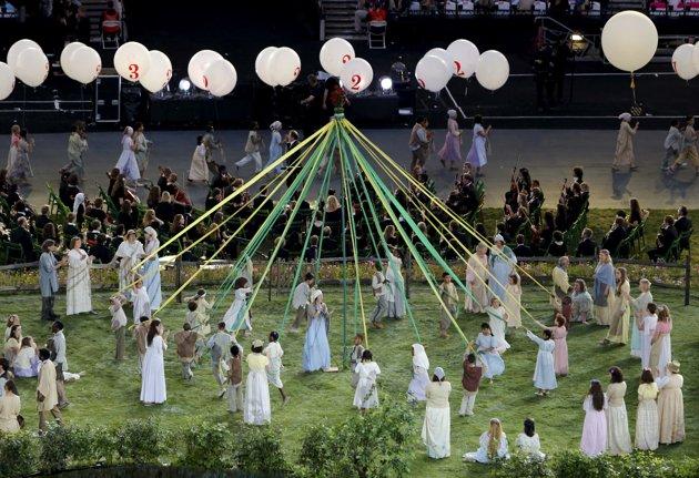 Resultado de imagen para fiesta palo de mayo juegos olimpicos londres 2012