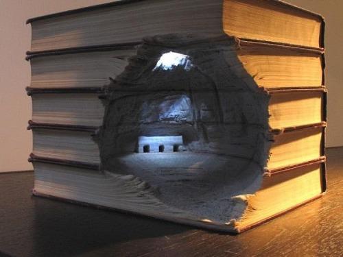 esculturas-con-libros-tallados-01